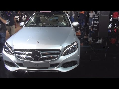 Mercedes Benz C 350 e Break (2017) Exterior and Interior in 3D