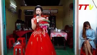 Cô dâu hát Duyên Phận khiến gia đình chú rể bối rối | THÔNG TIN VIỆT