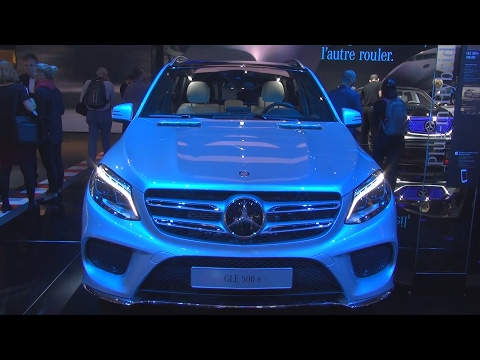 @MercedesBenz GLE 500 e 4MATIC (2017) Exterior and Interior in 3D