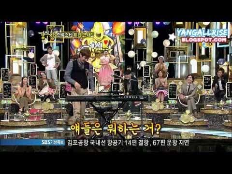 Eunhyuk playing piano & singing