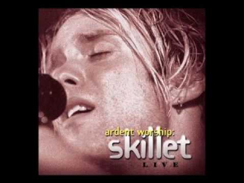 Skillet - Who Is Like Our God (Live)