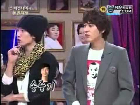 Kyuhyun hit Leeteuk's shoulder