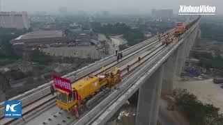 How are high-speed rail tracks laid in China?