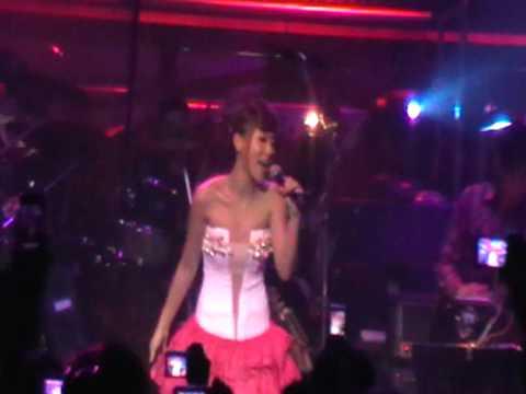 卓文萱Genie新加坡Live演唱会-Encore-演唱甜甜圈