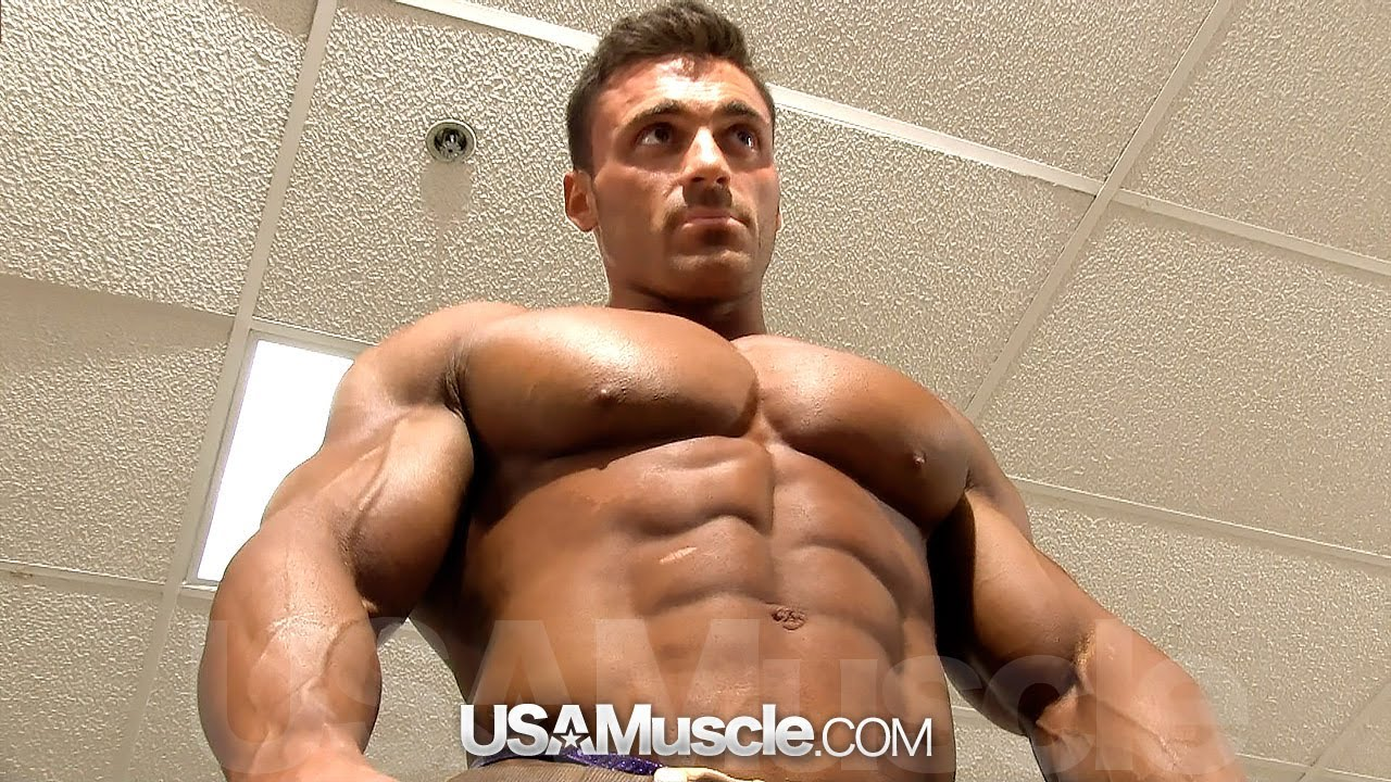 2013 NPC Junior Nationals Men's Bodybuilding Backstage Posing Part 1 - Smashpipe Sports