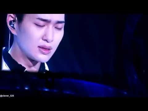 150315 TOKYO DOME SHINee Onew Rainy blue + Taemin Piano