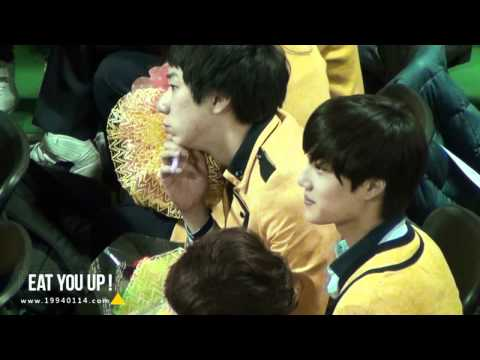 [EatYouUp] 120209 EXO KAI Graduation Ceremony01
