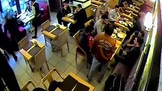 Затримання озброєних злочинців у центрі Києва