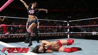 The Bella Twins vs. AJ Lee & Tamina Snuka: Raw, Oct. 28, 2013