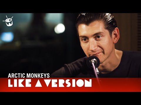 Arctic Monkeys - 'Do I Wanna Know?' (live on triple j)