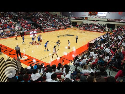 SIUE Athletics Hosts 3,100 Metro-East Students for Women's Basketball Game