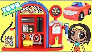 Disney Jr. Mickey Mouse Roadster Racer Gas Station Play Set with Minnie Car