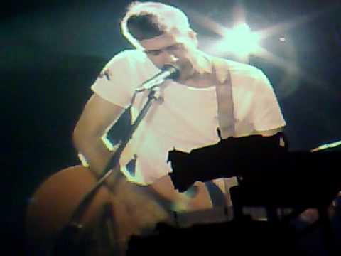 Сплин - Иди через лес (Live Б1 17.04.09)