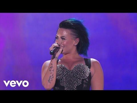 Demi Lovato, Iggy Azalea - Certified SuperFanFest (Full Version)