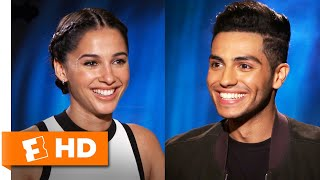Mena Massoud & Naomi Scott Define Aladdin & Jasmine's Chemistry | 'Aladdin' Interview | Fandango