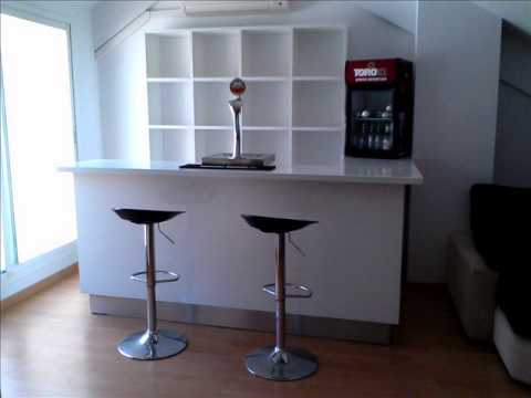 Barra de bar en casa musica movil for Muebles barras de bar para casa