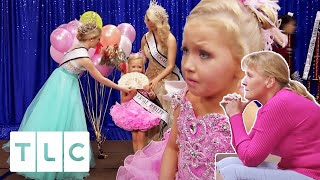 Pageant Mum Has A Meltdown Over Disappointing Prize | Toddlers & Tiaras