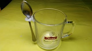 ★ Awesome lifehack with a hot glue gun and a teaspoon.