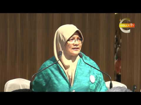 Dato' Seri Dr Wan Azizah Wan Ismail dinobat Tokoh Wanita PR