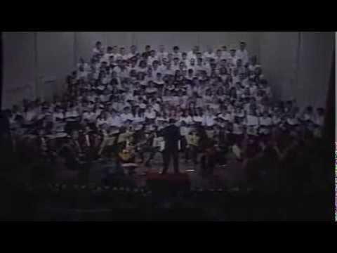 CANTO BROCHERIANO - Un paso aquí, un tranco allá (Coros orquesta y solista: Carlos Di Fulvio)