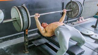 The Key To A 400 Pound Bench