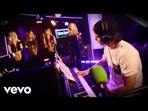 Kygo, Ellie Goulding - Sign Of The Times (Harry Styles cover) in the Live Lounge