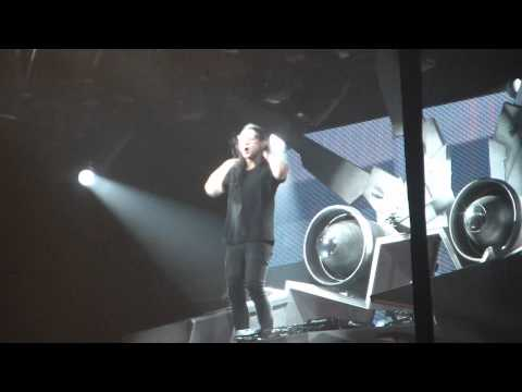 Baixar Skrillex - First of the year  (live) Mexico city. 21-12-12