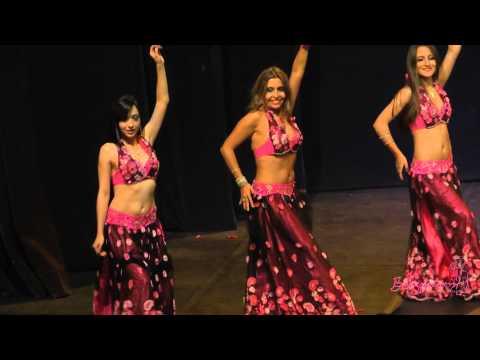 Grupo de danza árabe básico en el 5to Aniversario Bellypassion!