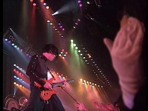 Beyond - 金屬狂人 (1991 Live)