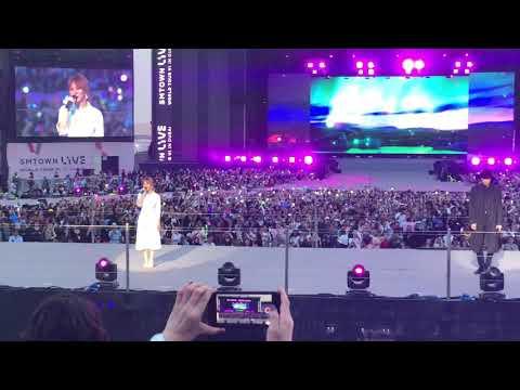 SM town live in Dubai Wendy and Chanyeul 웬디 찬열 두바이