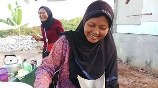 SARAPAN PAGI FAVORIT - NASI UDUK DAN ANEKA GORENGAN - INDONESIAN STREET FOOD