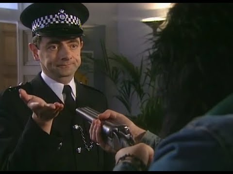 Fowler takes on the robbers | The Thin Blue Line