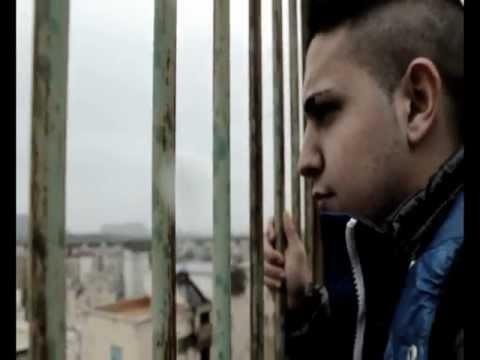 Davide Siani - Miezz E' Strade ( Video Ufficiale Febbraio 2013 )