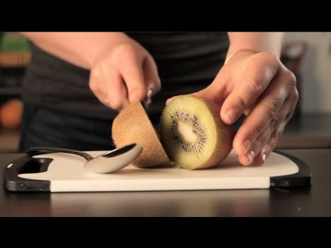 15 Seconds On How to Eat a Kiwi!