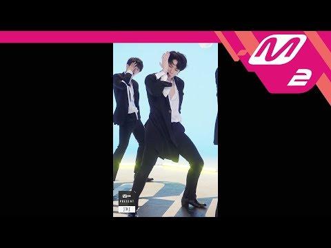 [MPD직캠] JBJ 김동한 직캠 'Fantasy' (JBJ KIM DONG HAN FanCam) | @MNET PRESENT_2017.10.18