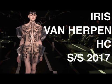 IRIS VAN HERPEN | HAUTE COUTURE  SPRING SUMMER 2017 | FASHION SHOW