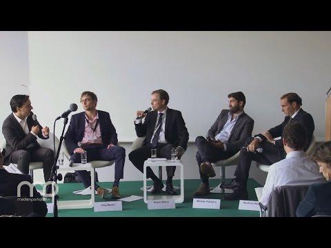 "Diskussion: Die ""omni-connected"" Medienwelt"