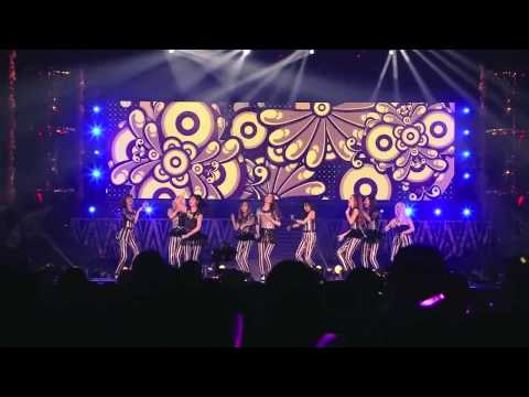 Girls' Generation (SNSD) -  Say Yes & Dancing Queen -  LIVE