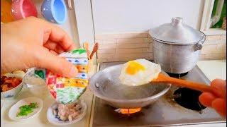 S2 EP 43: Korean Kimchi Fried Rice w/ Sunny Side Up Egg. 한국 김치 JUST LIKE HOME KITCHEN SET