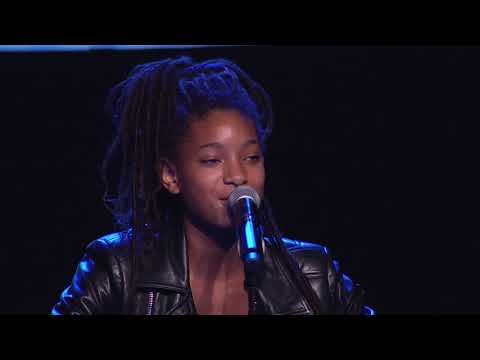 Willow Smith Performs at the 2017 EMA Awards