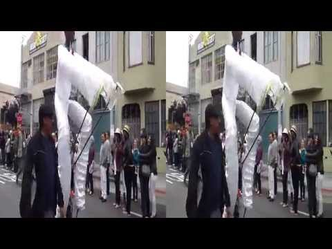 Giant Parade Puppet (SBS: Stereoscopic Video)
