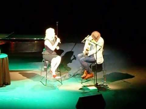 Megan Hilty - YouTube