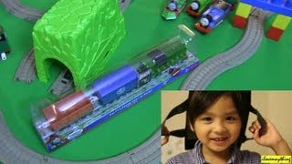 Unboxing Green Salty Part 2 of 2 - Thomas Trackmaster Motorized Engine