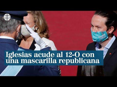 Pablo Iglesias acude a su primer 12-O con una mascarilla de una marca republicana
