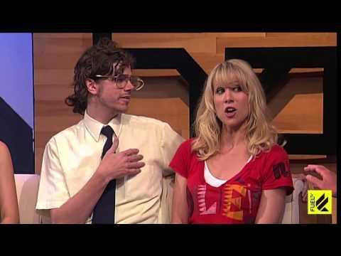 Lucy Punch w/ Andre Hyland: The Daily Habit - YouTube