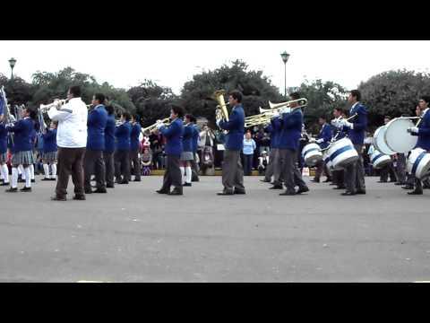 Semana Cultural Colegio Corazonista Banda de Guerra Colegio Naval