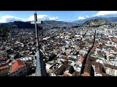 Quito from above: Drone flight over Ecuador's capital
