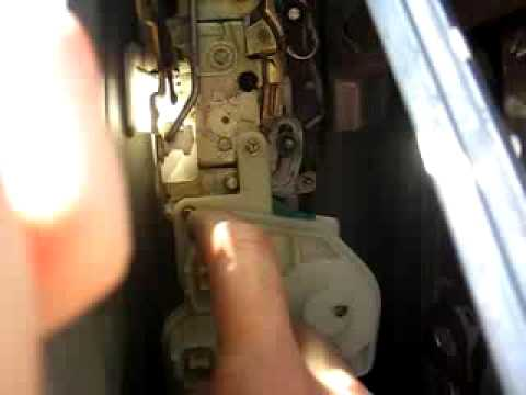 How To Replace Honda Civic Si Door Lock Actuator Youtube