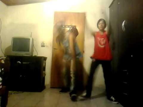Nuestro Primer Video Bailando El Teke , N & E *-*