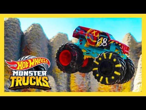EPIC Island Hot Wheels Race Course! I Monster Trucks Island   Hot Wheels